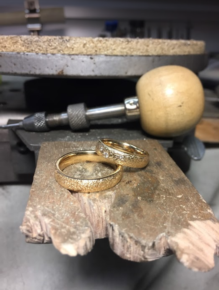 Guldsmed Special Støbte ringe fra Guldsmed Hartmanns Værksted